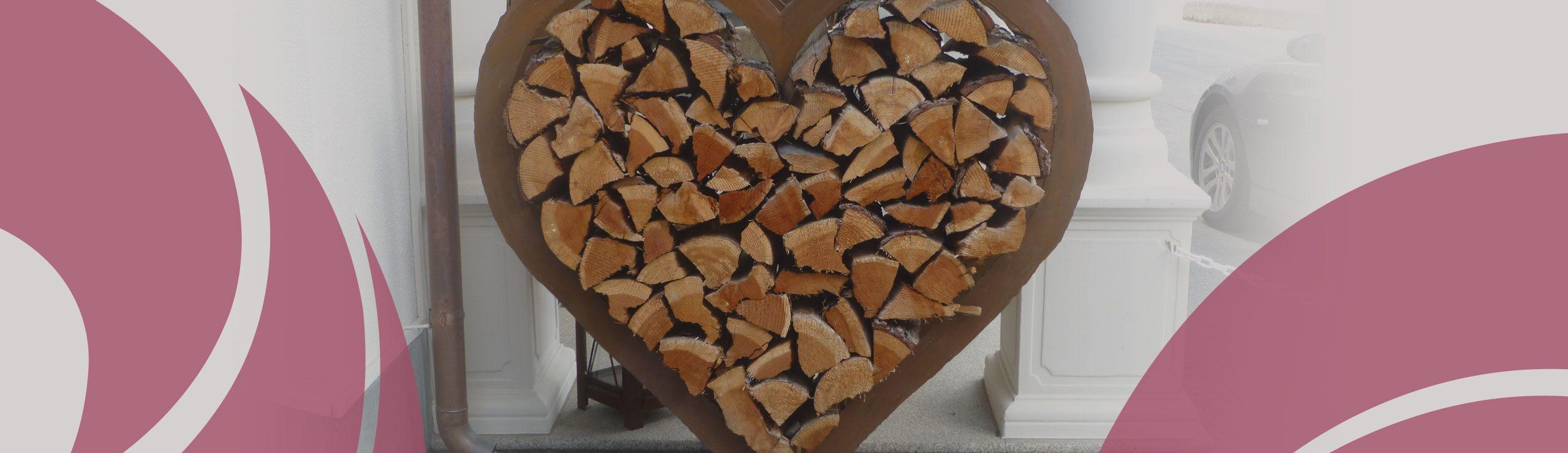 Herz aus Holzelementen | Hospizverein Bayreuth